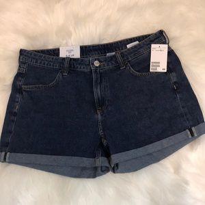 H&M Denim Regular Waist Shorts Size 12 NWT